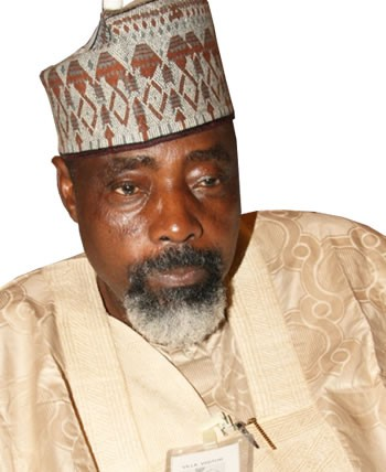 cropped-pro-sheikh-ahmed-abdullah-minister-of-agriculture.jpg